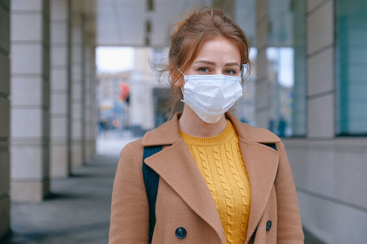 woman wearing a mask during coronavirus